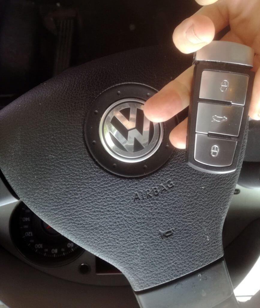 VW passat key