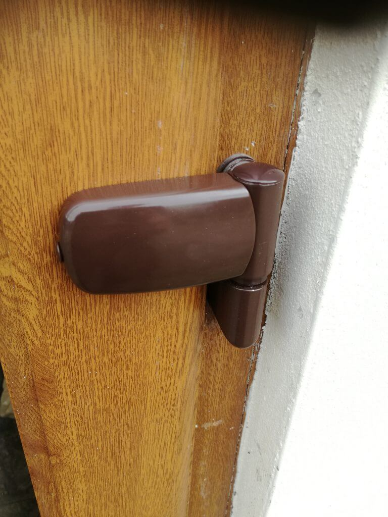 UPVC door flag hinge