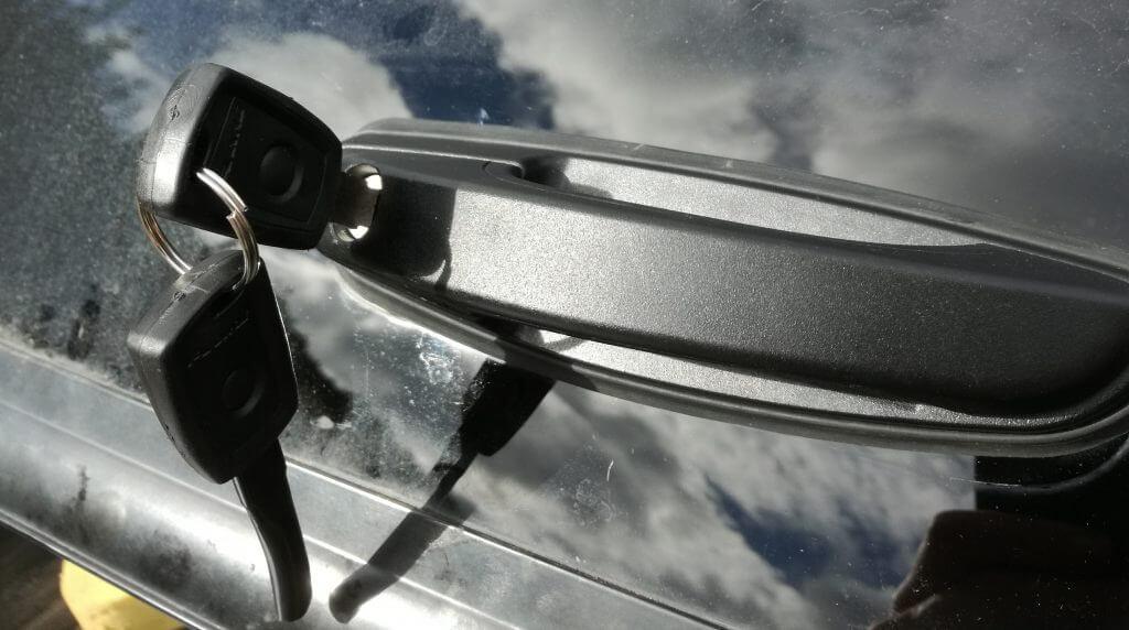 Mitsubishi L200 lock