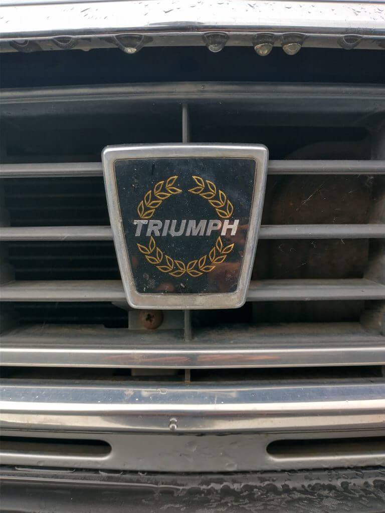 Triumph Acclaim badge