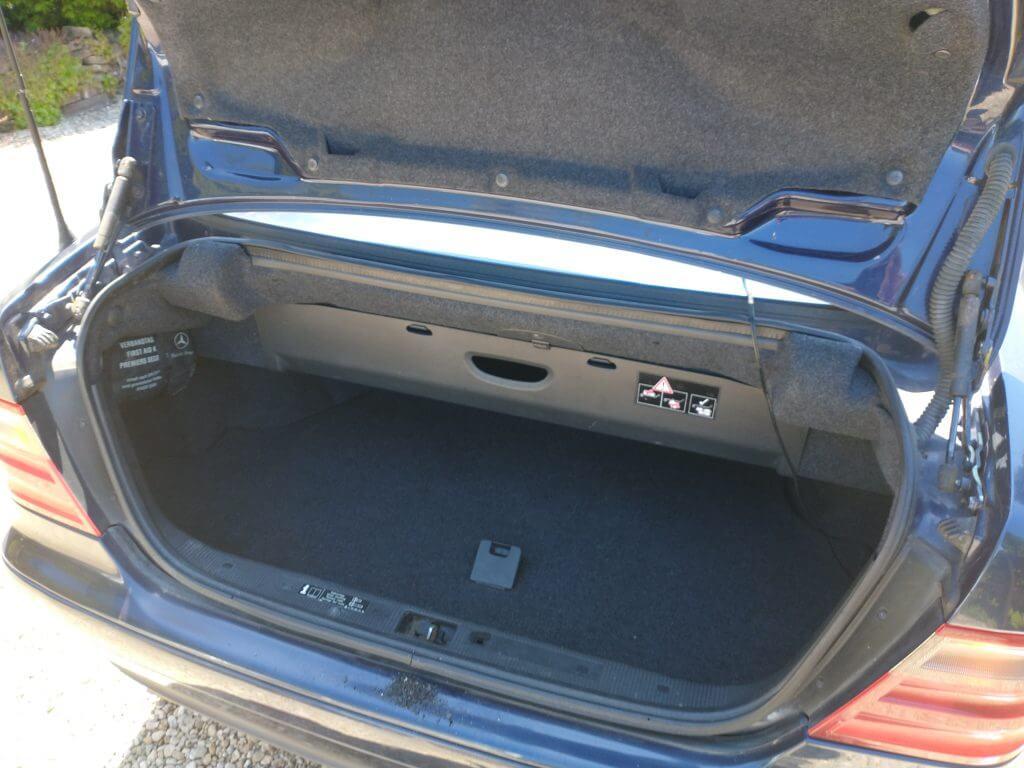 Mercedes boot lid
