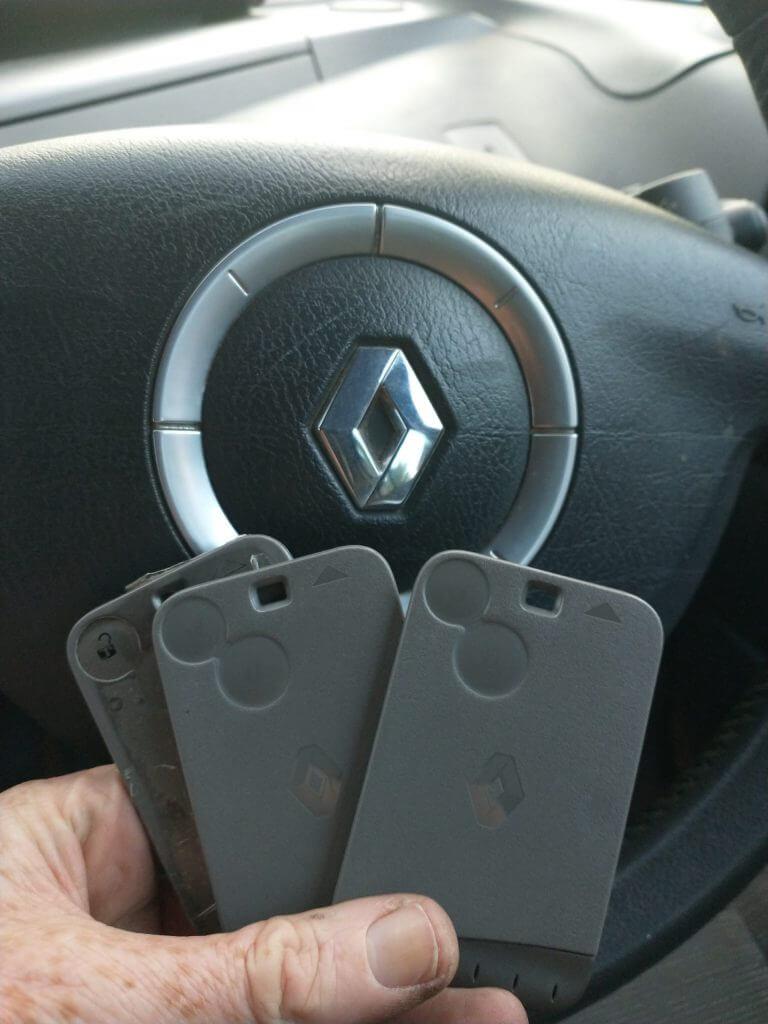 Renault key cards