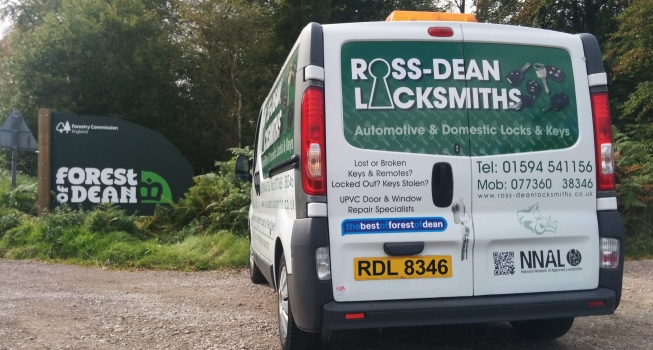 Ross-Dean Locksmiths van